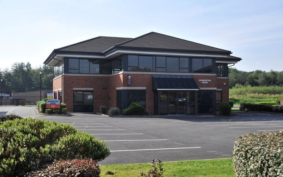 Arundel House Flexible Office Suites To Let Chorley (8)